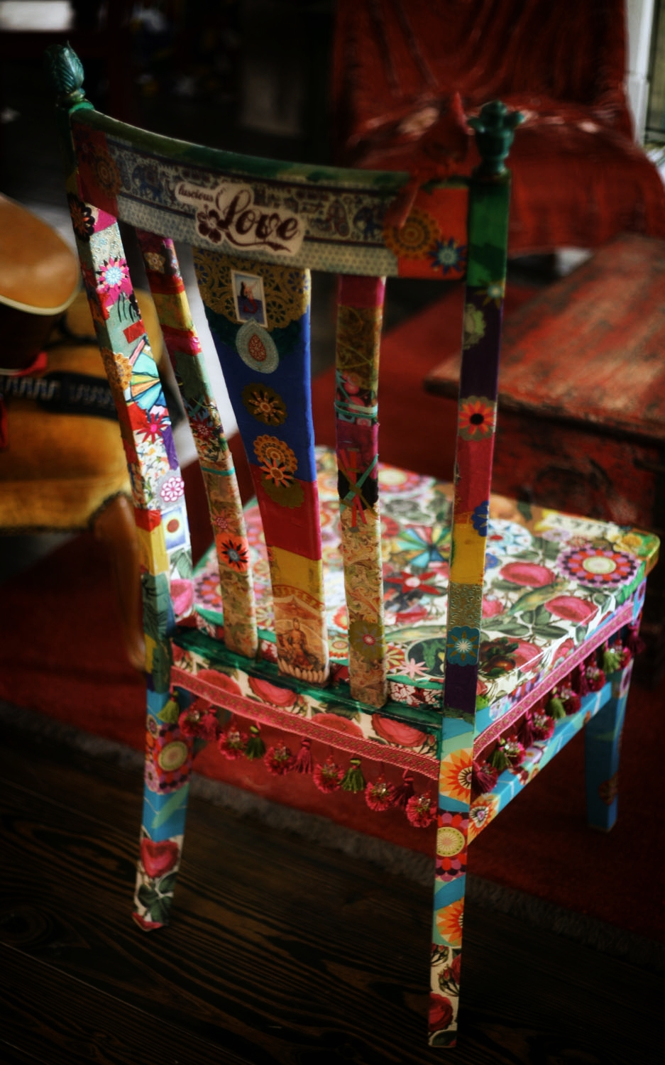 Gypsy love chair gypsy love cafe for Meuble a relooker